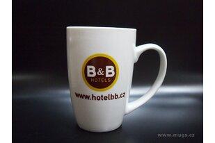 Porcelánové hrnky pro hotely
